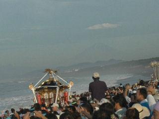 暁の祭典 浜降祭